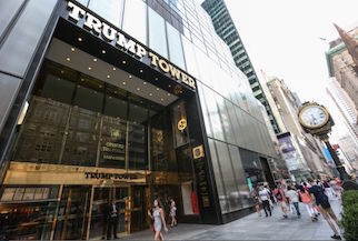 L'Fbi spiava la Trump Tower di New York per poker e scommesse illegali