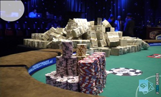 Wsop 2008: come battere poker d'Assi con scala reale al main event